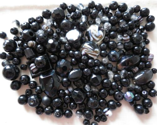 200 x BLACK GLASS BEADS SELECTION MIX CRAFTS JEWELLERY MAKING BEADING