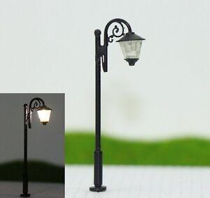 S142-10-Stueck-Strassenlampen-mit-LED-5cm-Set-Parkleuchten-nostalgisch