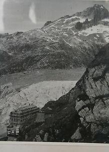 photographie-ancienne-Le-glacier-Rhone-en-Suisse-et-l-hotel-Belvedere-debut-XXem