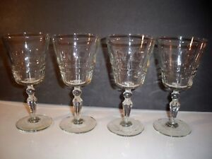 4-CRYSTAL-GOBLETS-7-034-TALL-STAR-OF-DAVID-ON-CIRCULAR-BASE-MULTI-SIDED-STEMS