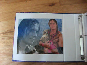 BRET-HITMAN-HART-WWE-WWF-AUTOGRAPHED-8-X-10-PHOTO-5