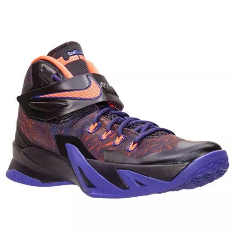 Nike Zoom Soldier VIII PRM Size 11.5 Purple Hyper Crimson 688579-585