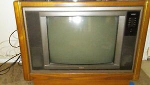 tv 25 inch. image is loading vintage-console-tv-from-the-90s-rca-25- tv 25 inch