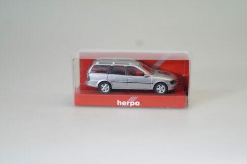 20 años Herpa mercancía nueva//embalaje original 1:87 Herpa somo Opel Vectra B Caravan coche plata-met