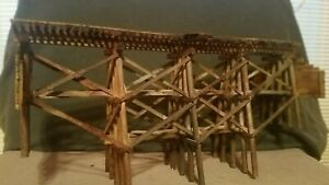 HO-SCALE-TRAIN-CAR-TRACK-DETAIL-TRESTLE-BRIDGE-ATLAS-ATHEARN-WALTHERS-WEATHERED
