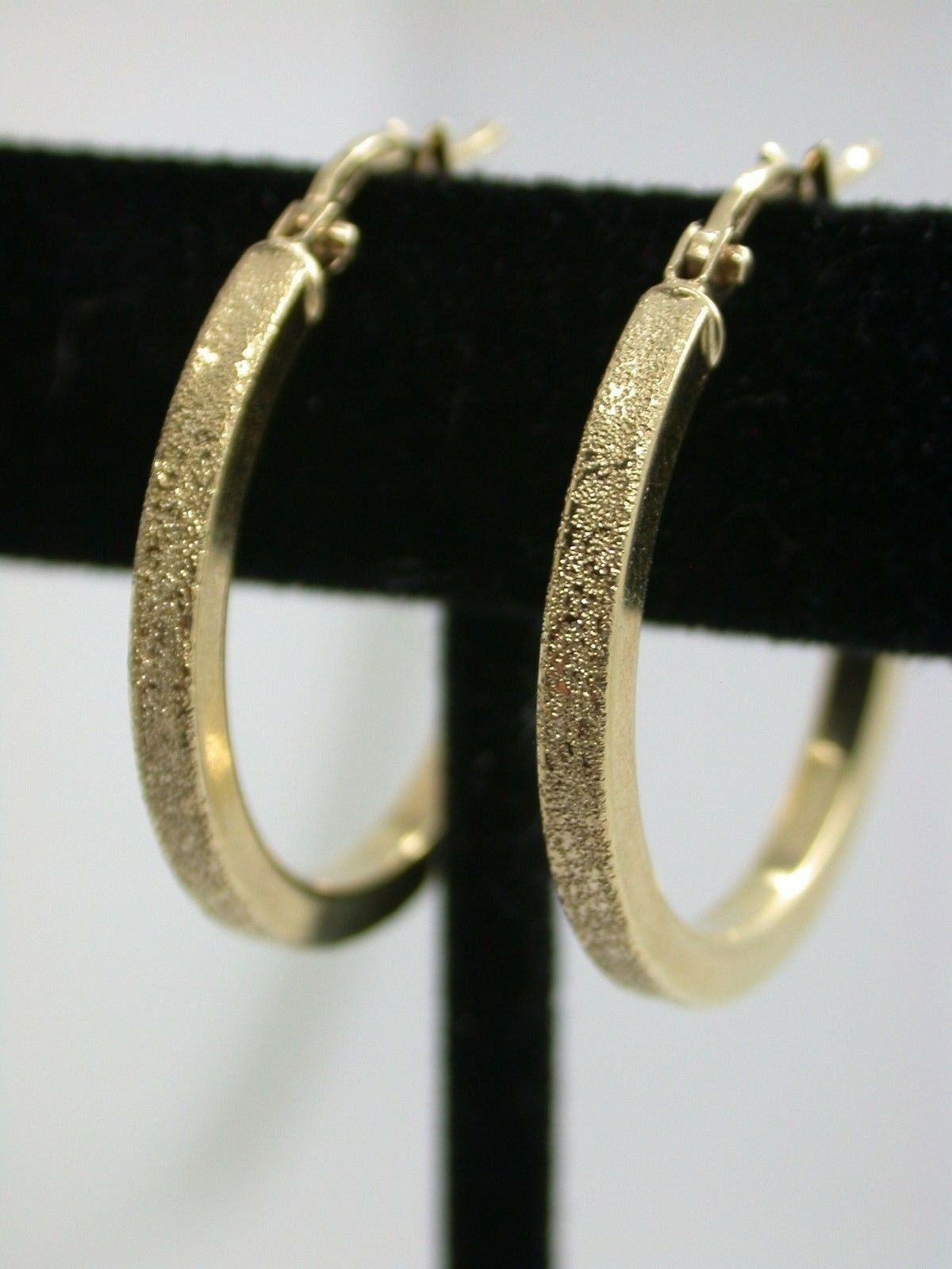 Genuine Brand New 10kt Yellow gold Diamond Etched Hoop Earrings (Large) (J1I)