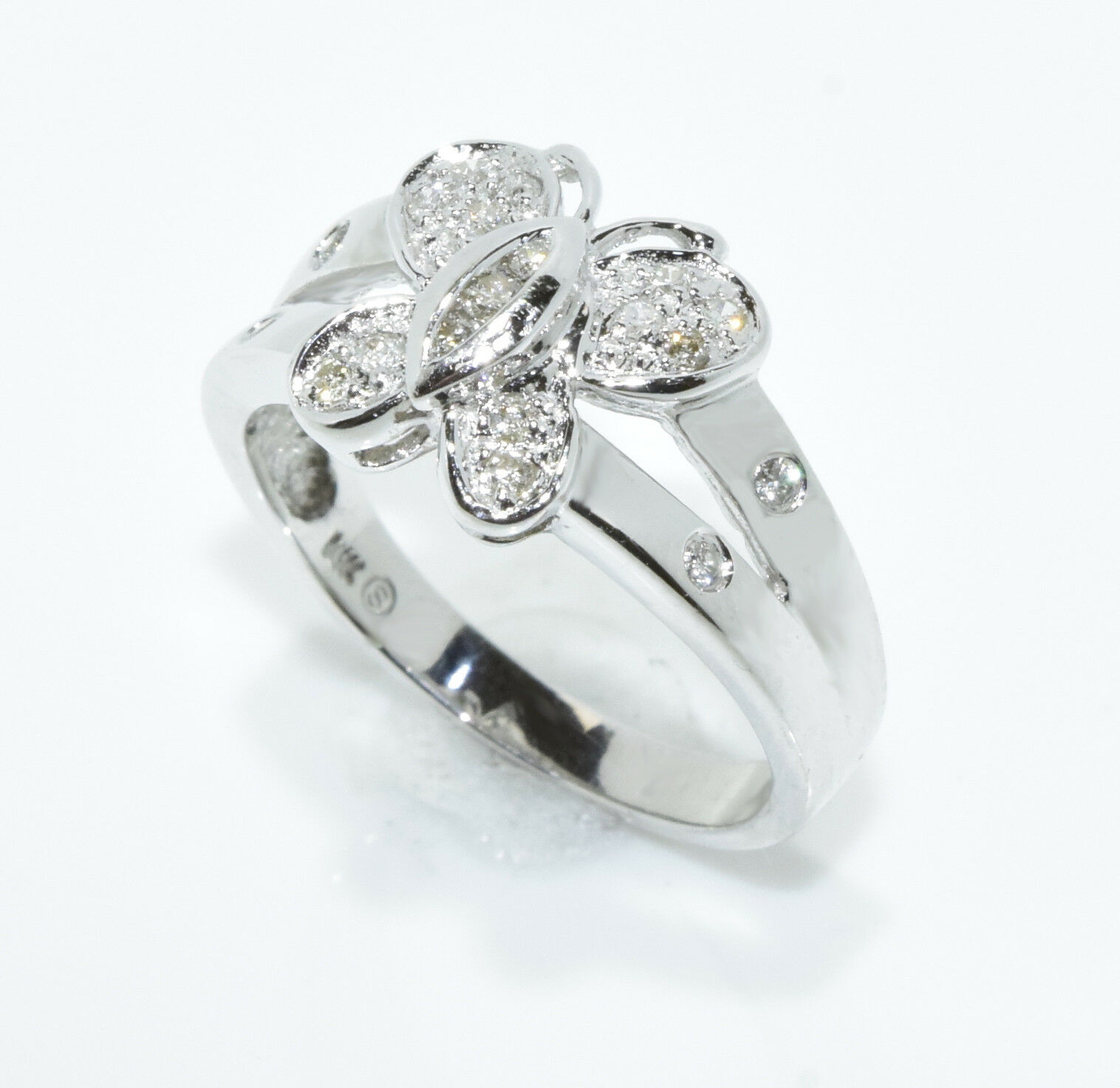 14k White gold Womens Round Diamond Butterfly Cluster Ring 0.20Cttw