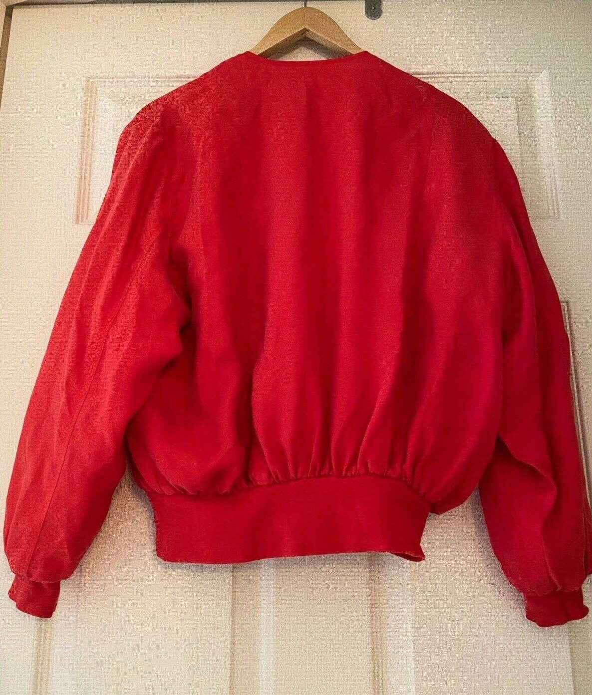 Red 100% silk vintage bomber jacket - size small - image 3