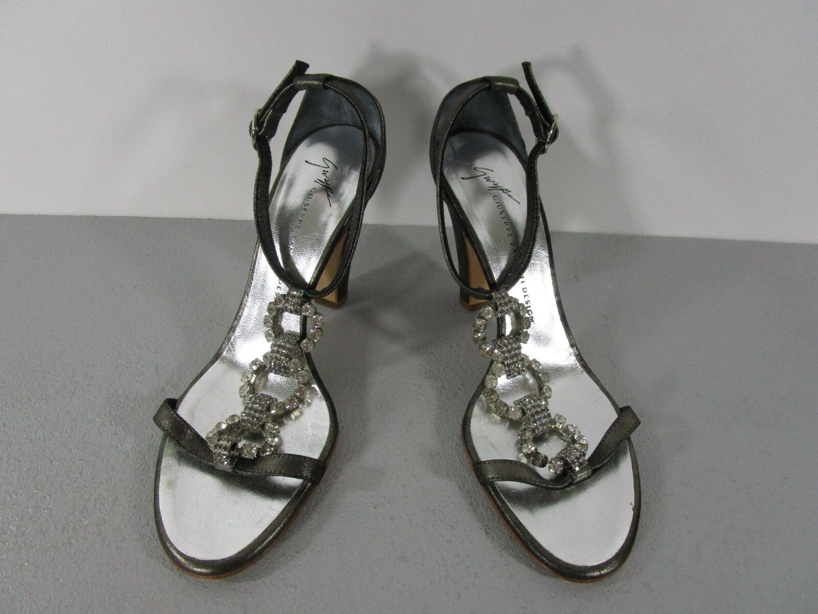 GIUSEPPE ZANOTTI Crystal Jewel Vamp Ankle Strap Strap Ankle Pewter Heels Size 36 1/2 5ee609