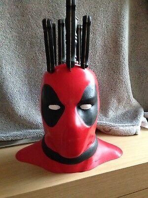 Qualità Al 100% Deadpool Blocco Di Coltello-mostra Il Titolo Originale