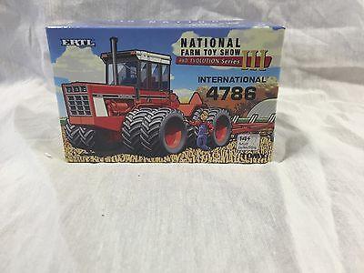 ERTL International 4786 4WD  2015 National Farm Toy Show 1/64 NIB