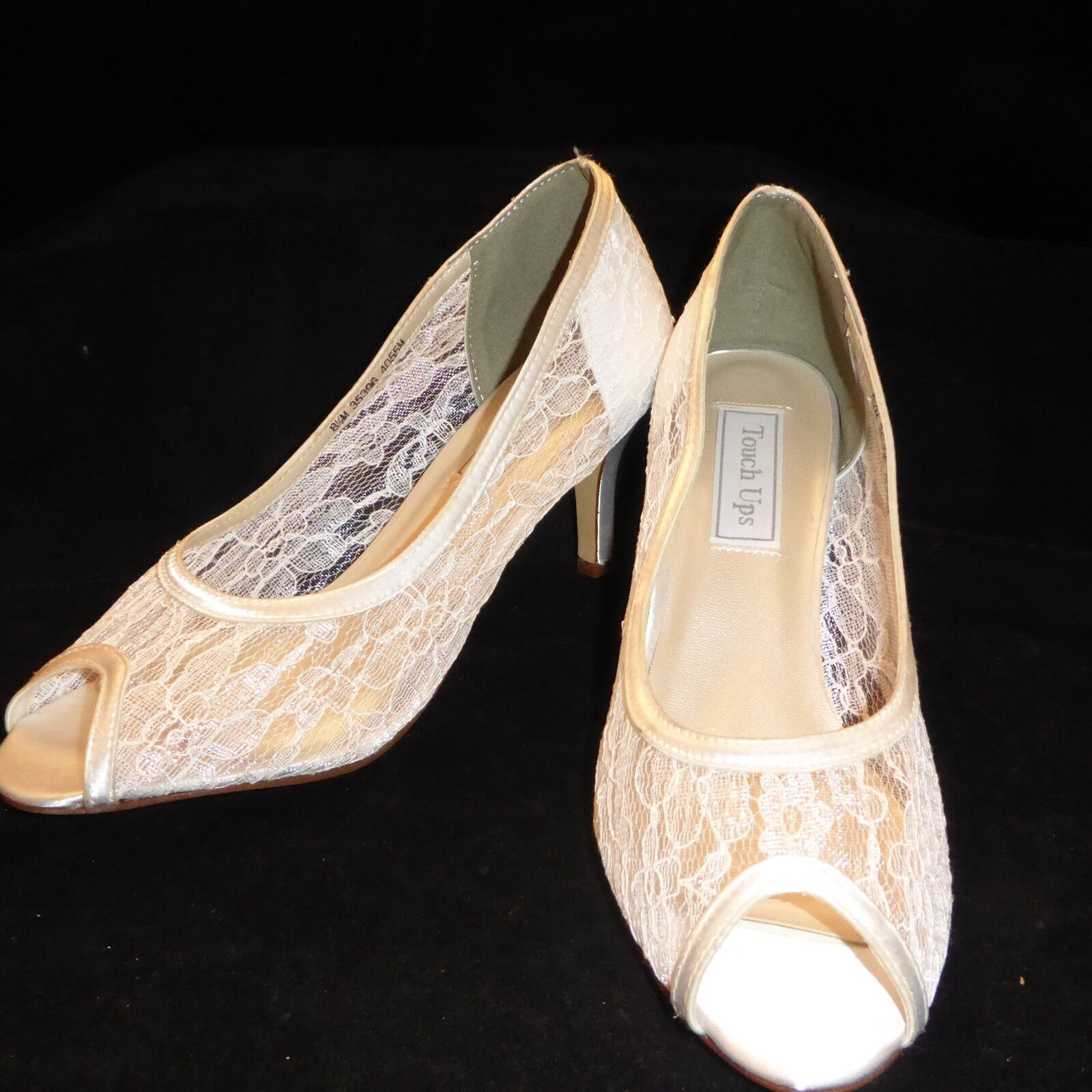 Touch Ups Damenschuhe Weiß Lace Dress Pumps US Heels 8.5 M 3