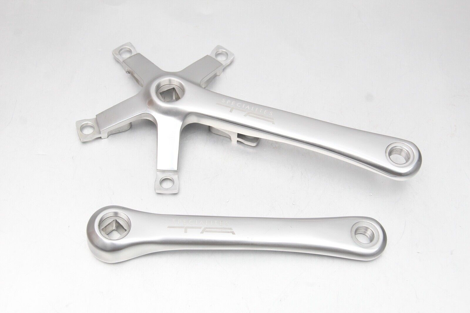 Specialites TA Zephyr Triple Crank Arms 175mm 130   74 BCD Crankset 9 10 Speed