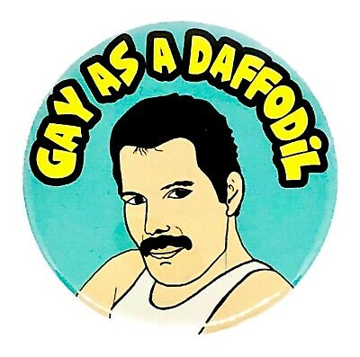 LARGE FREDDIE MERCURY QUEEN GAY AS A DAFFODIL 58MM BUTTON PIN BADGE