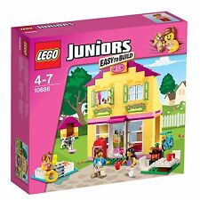 LEGO 10686 Juniors Family House Girls Pink Set with 3 Minifigures EASY TO BUILD