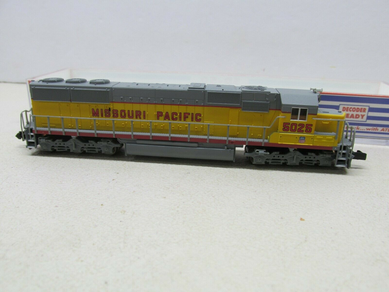 ATLAS    49305  MISSOUR PACIFIC SD-50 LOCOMOTIVE   5025  DCC READY N-SCALE