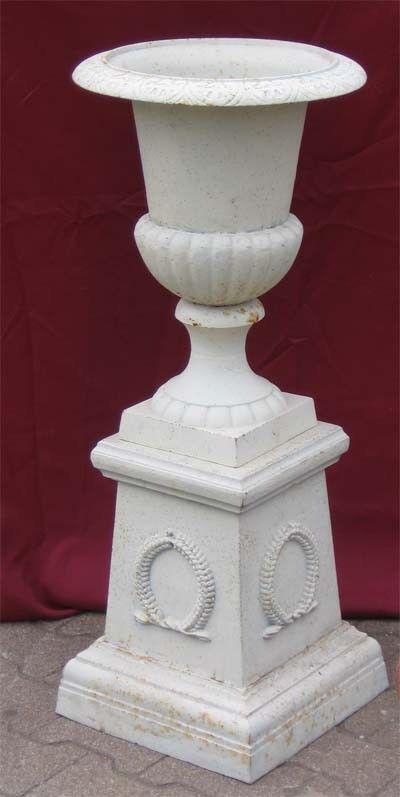 Amphore Louvre Vase mit Podest Pflanzpokal Eisen 6 6 6 FARBEN AUSWAHL Gartenamphore 652f64