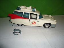 100% vintage kenner ghostbusters Ecto-1 car