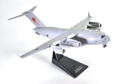 AVION MODEL PLANE AIRCRAFT J107 Boeing C-17 Globemaster RAF 1//200 Atlas