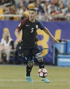 Team-USA-Matt-Besler-Autographed-Signed-8x10-MLS-Photo-COA