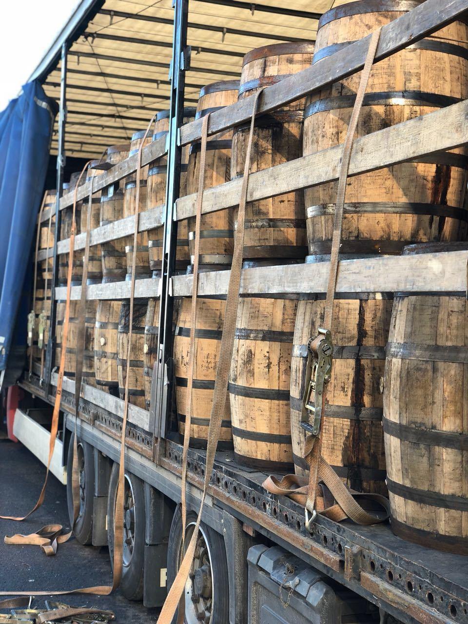 Original Bourbon-Faß  als REGENTONNE mit Deckel Weinfaß Holzfaß  Faß Wasserfaß
