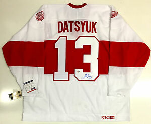 e491cab57 PAVEL DATSYUK SIGNED DETROIT RED WINGS WINTER CLASSIC CCM JERSEY PSA ...