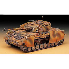 Academy 13233 Panzer IV Aust. H with Armor 1/35 Plastic Model Kit Kits Tank