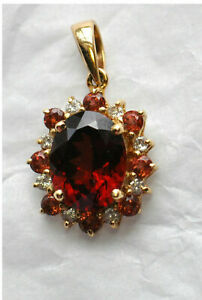0-50-Ct-Oval-Shape-Garnet-and-diamond-14K-Halo-Style-Pendant-14k-Yellow-Gold-FN