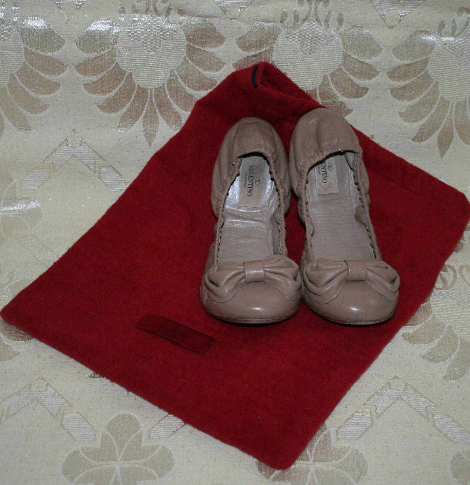 Zauberhafte Ballerinas Valentino Garavani Ballerinas Zauberhafte Flats so pretty Schleife Leder 39,5 015060