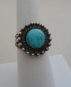D Size 4 1//2 Zuni Indian Sterling Silver Turquoise Arrow Ring Bobelu