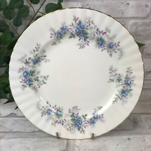 Blue-Blossom-8-034-Salad-Dessert-Plate-Royal-Albert-Fine-Bone-China-England