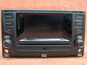 5G0035869A Radio Touchscreen Bluetooth CD SD 5'' Farbe VW Passat 3G B8 Original