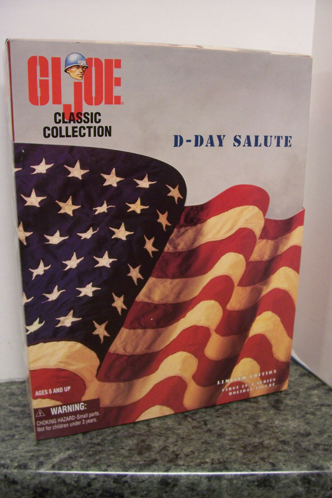 Hasbro 12  CLASSIC GI JOE  D-DAY SALUTE  BOX SET, African American 1 6 1997 MIB