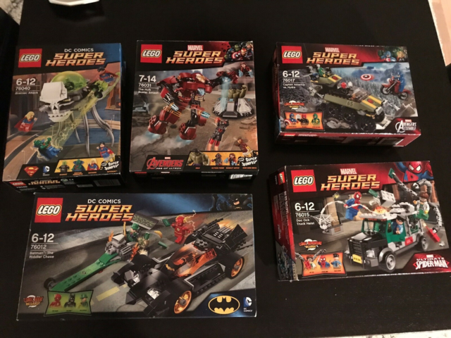 Lego Movie, LEGO super heroes  - Marvel , Batman, Avengers,…