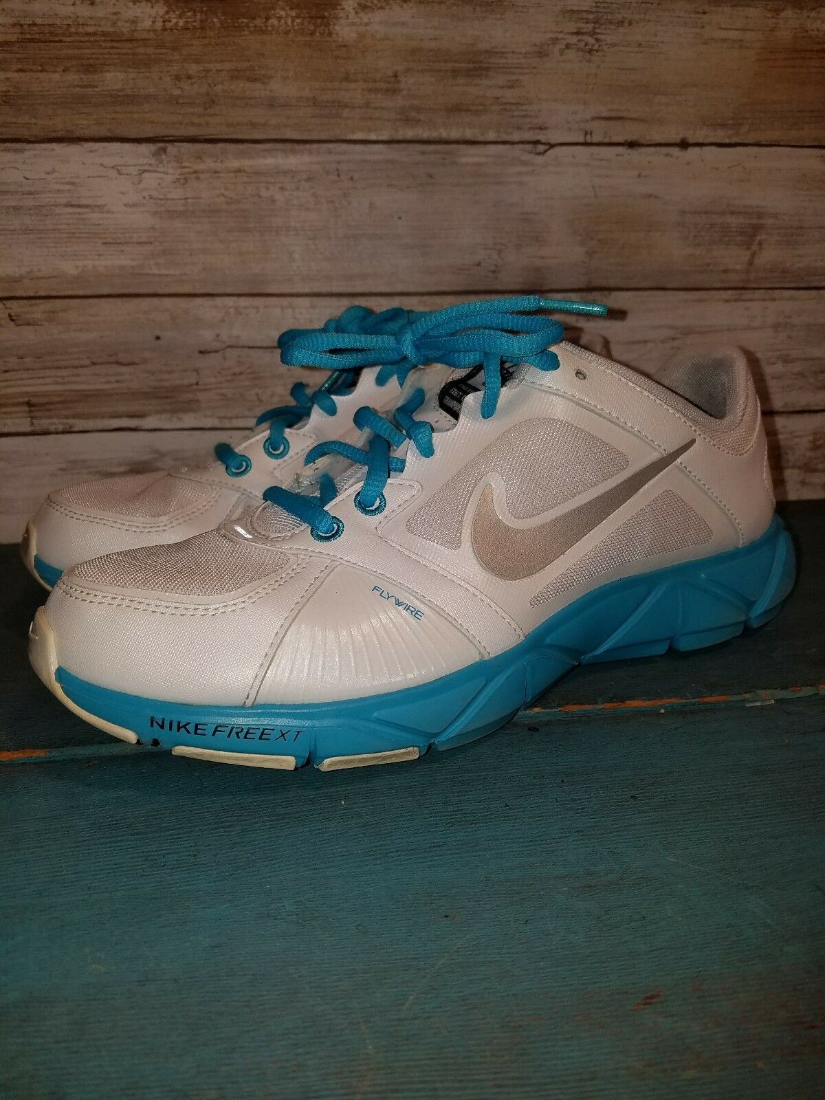 NIKE FREE XT FLYWIRE LADIES 8 TRAINING SHOES EUC
