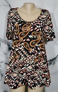 LULAROE Black Coral Gold Green Paisley Pattern Top Medium Short Sleeves Unlined