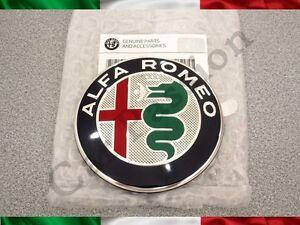 Armes-Avant-ALFA-ROMEO-Juliette-Mythe-Original-2016-Logo-Front-Emblem
