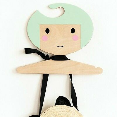Petit Monkey Kinder-Kleiderbügel MINT - Der hübsche Kleiderbügel aus Holz