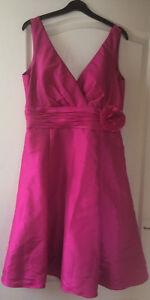 Superbe Soie Rose BHS Wedding Collection demoiselle d'honneur Prom Robe à fleurs 16