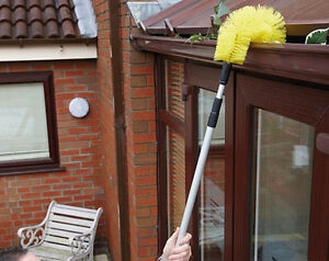 Extendable Telescopic Gutter Brush Tool Leaves Moss
