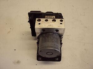 2005 2006 pontiac gto abs module pump gto anti lock brake system rh ebay com 2006 pontiac g6 abs module 2005 pontiac montana abs module
