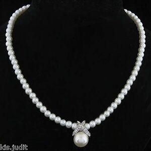 Bellissima-collana-a-girocollo-di-perle-e-strass-bianche-Argento