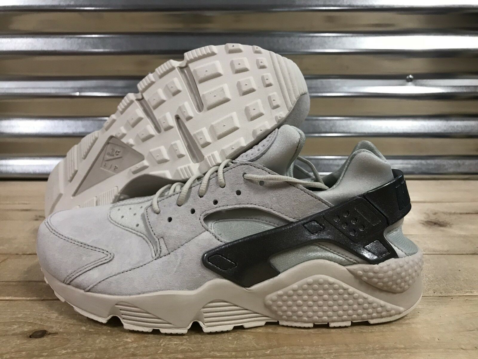 Nike air huarache premium laufschuhe leichte knochen grau metallic sz (704830-013)