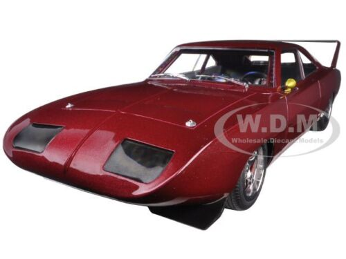 """1969  DOM/'S DODGE CHARGER DAYTONA /""""FAST AND THE FURIOUS 6/"""" 1//18 GREENLIGHT 19003"""