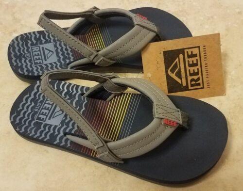 New Reef Ahi Toddler Boys Sandals Slip-On Flip Flops w Back Strap Blue Gray 9//10