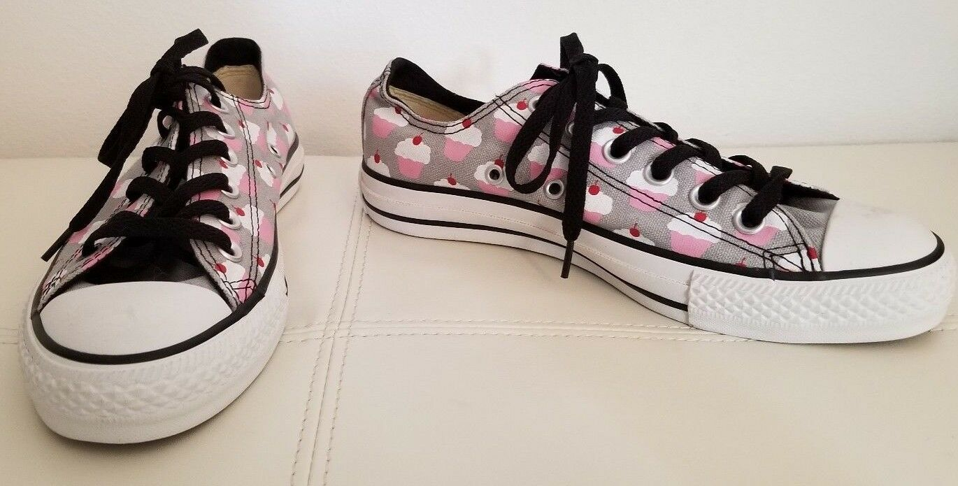 One of a Kind CUPCAKE CONVERSE Chuck Taylor ALL STAR Gray Pink Canvas Shoes 6.5