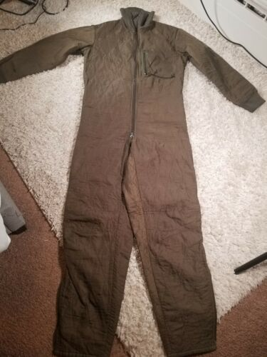 Vtg German H. Winnen GMBH Quilted Puff Military Wi