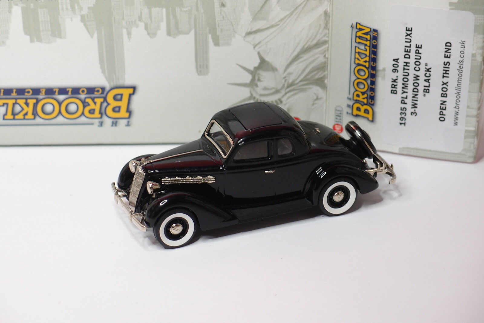BROOKLIN BRK 90A 1935 PLYMOUTH DELUXE 3 WINDOW COUPE BLACK 1/43 | L'apparence élégante
