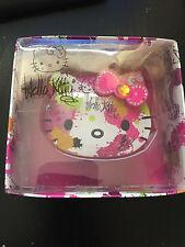 Sanrio Hello Kitty Espejo de maquillaje compacto se ve Dulce