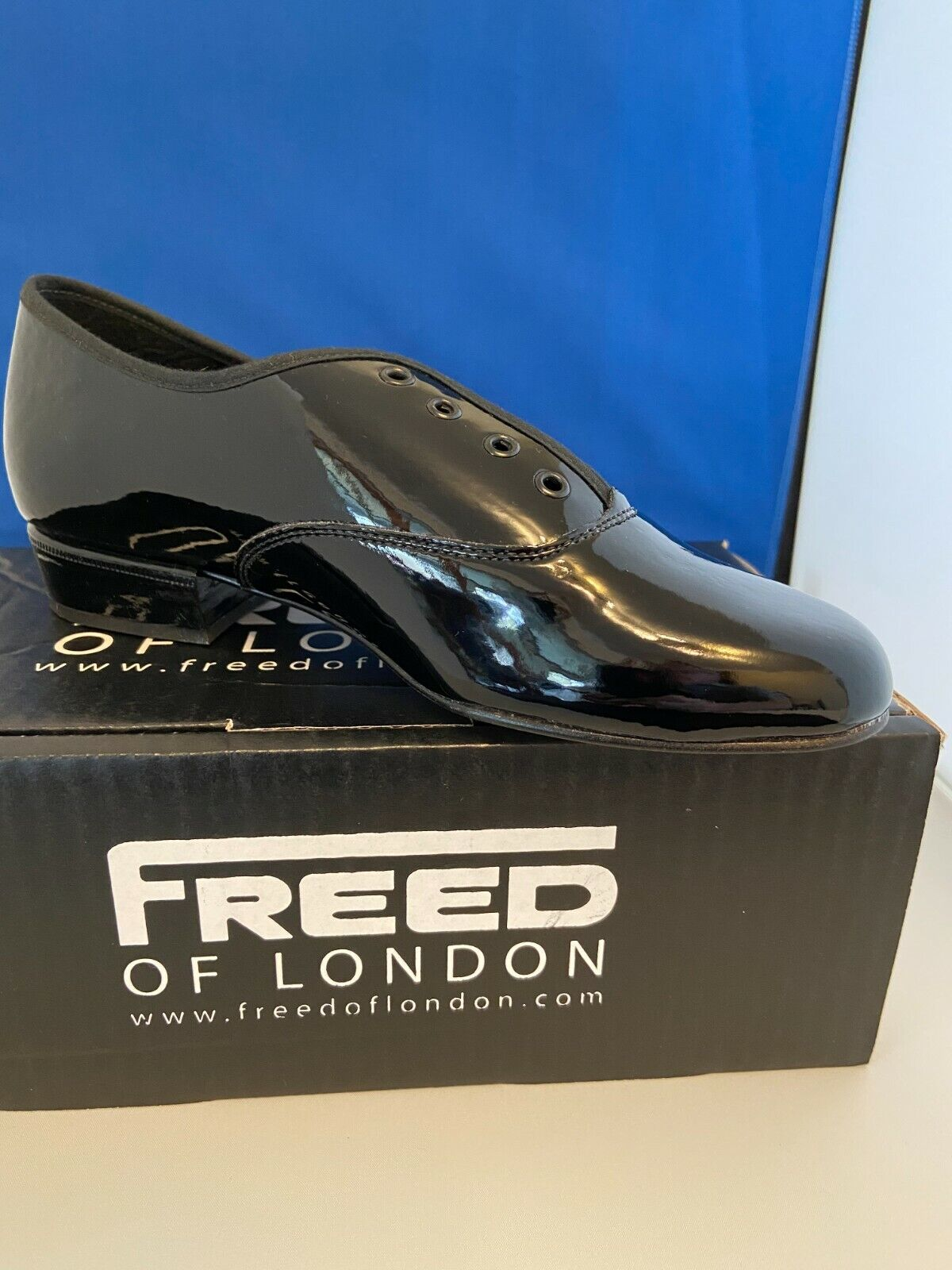 Boys page shoe black patent leather sole size 1 by Freed of London UK. New